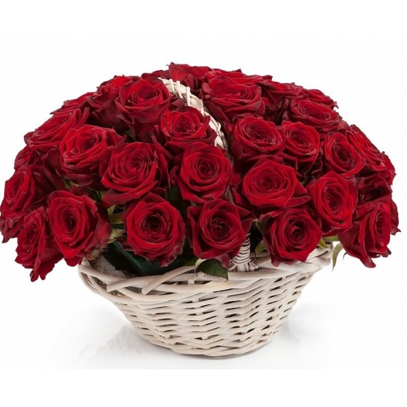 БУКЕТИ ОТ 51 РОЗИ - Кошница от 51 червени рози